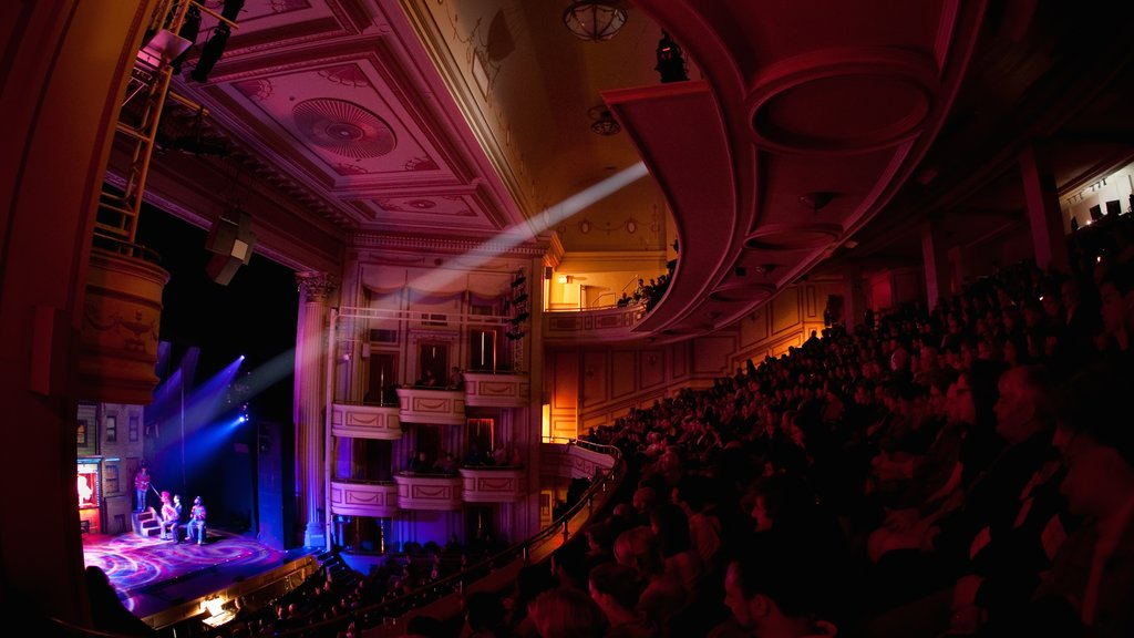 New Haven featuring theater scenes, performance art and nightlife
