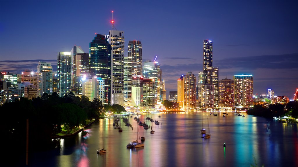 Kangaroo Point Cliffs which includes landscape views, a bay or harbor and night scenes