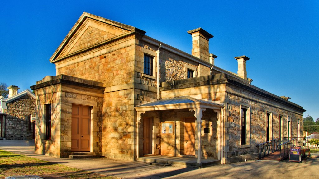 Beechworth featuring heritage architecture