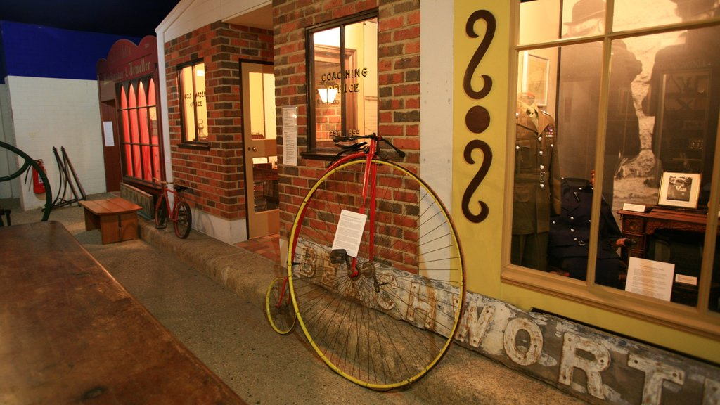 Beechworth which includes heritage elements