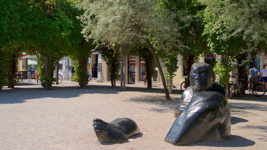 Weimar which includes outdoor art
