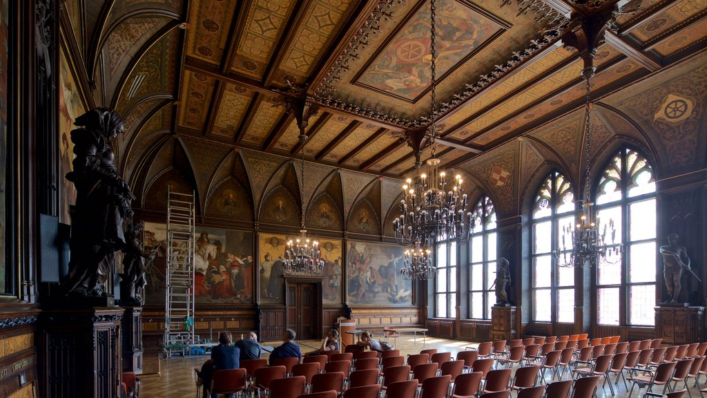 Rathaus showing art, heritage elements and interior views