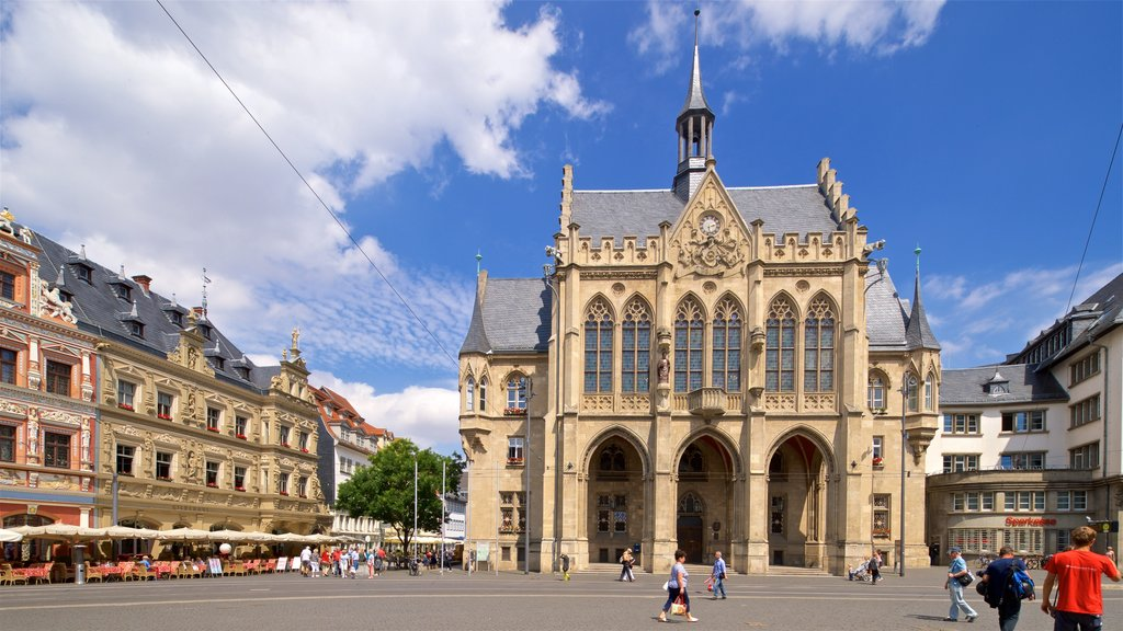 Rathaus which includes street scenes, heritage architecture and a square or plaza