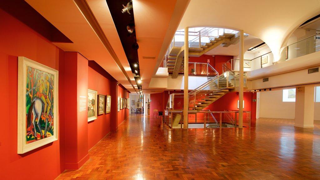Museum Inima Paula showing art and interior views