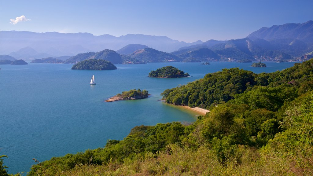 Angra dos Reis which includes landscape views, general coastal views and island images