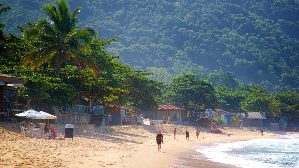 Ranch Beach showing a coastal town, general coastal views and a beach