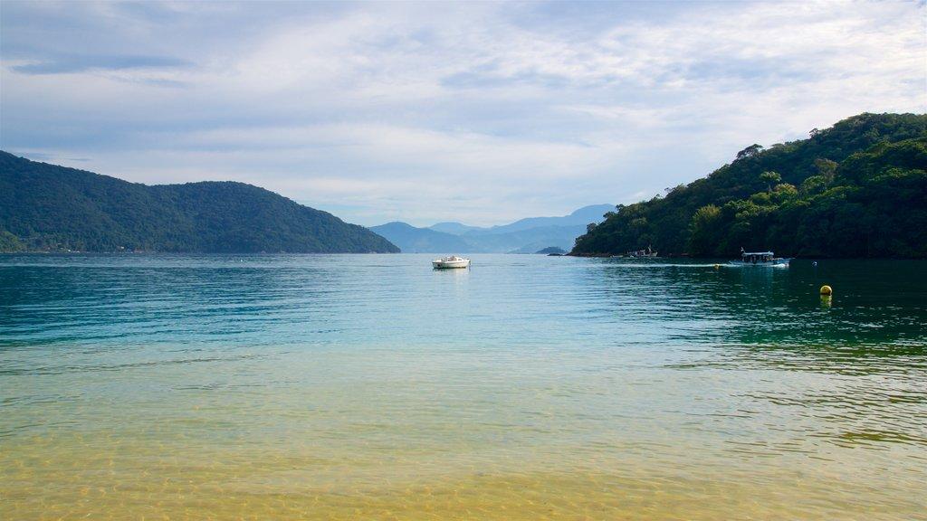 Praia de Japariz caracterizando paisagens litorâneas e uma baía ou porto