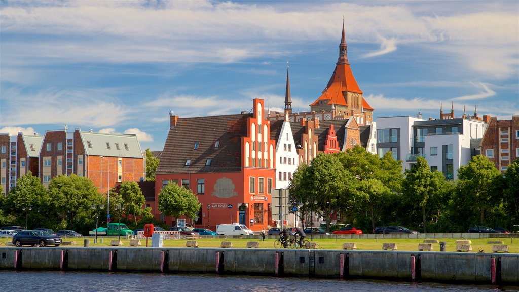 Rostock showing a city and a river or creek