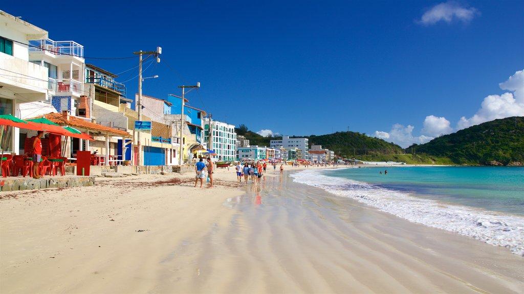 Prainha Beach showing general coastal views, a sandy beach and a coastal town