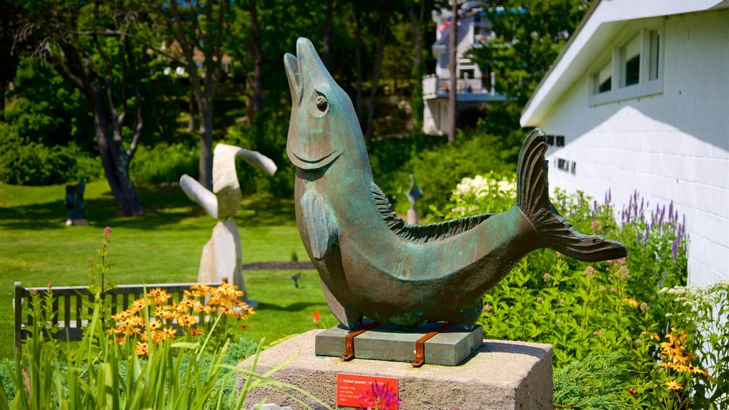 Ogunquit Museum of American Art featuring outdoor art, a park and wildflowers