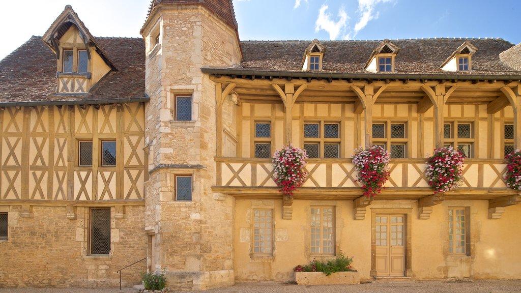 Burgundy Wine Museum featuring flowers