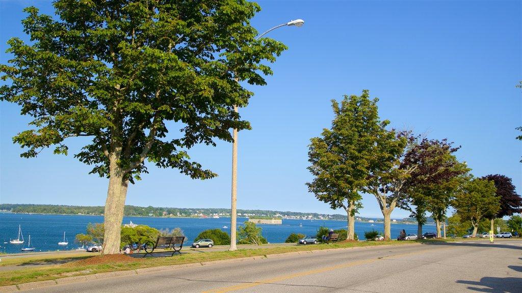 Eastern Promenade showing general coastal views