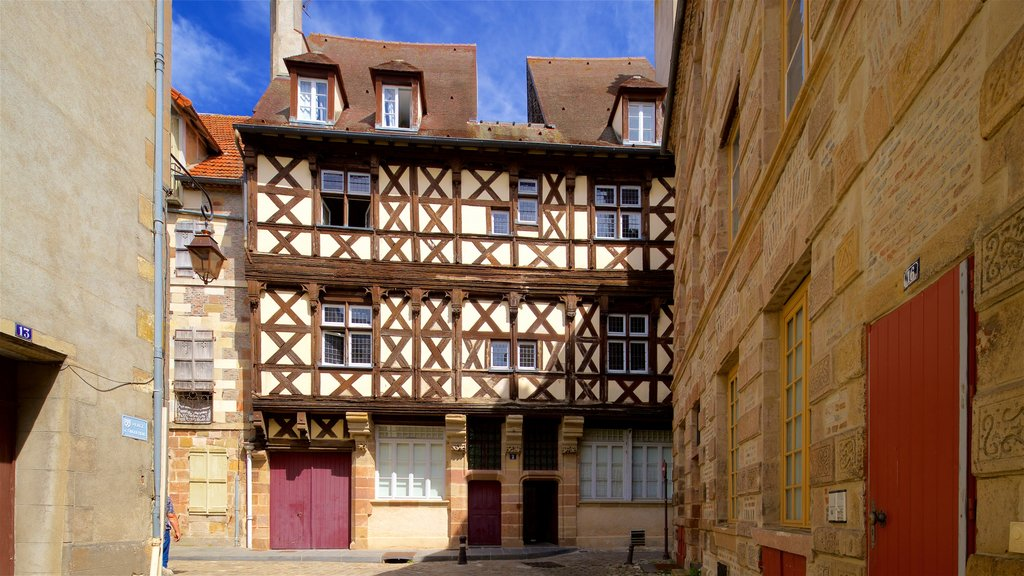 Moulins showing heritage elements