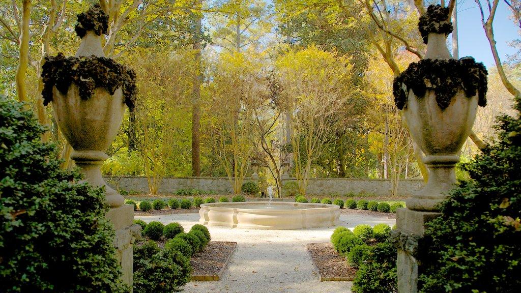 Centro histórico de Atlanta que incluye un parque, una fuente y vistas de paisajes