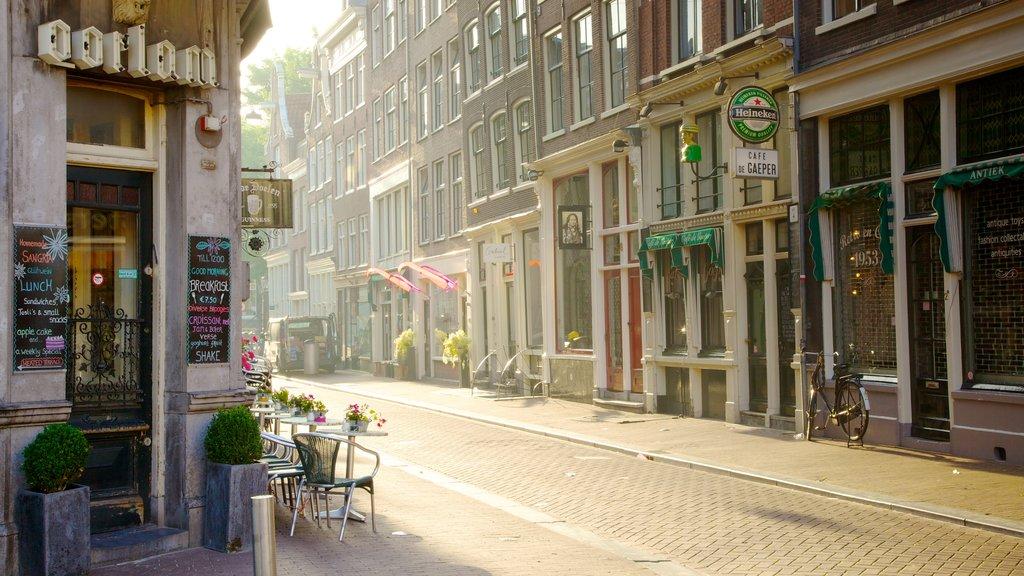 Muntplein ofreciendo patrimonio de arquitectura, señalización y una ciudad