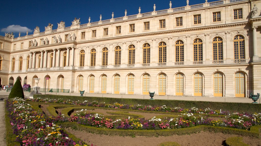 Versailles featuring heritage architecture and chateau or palace