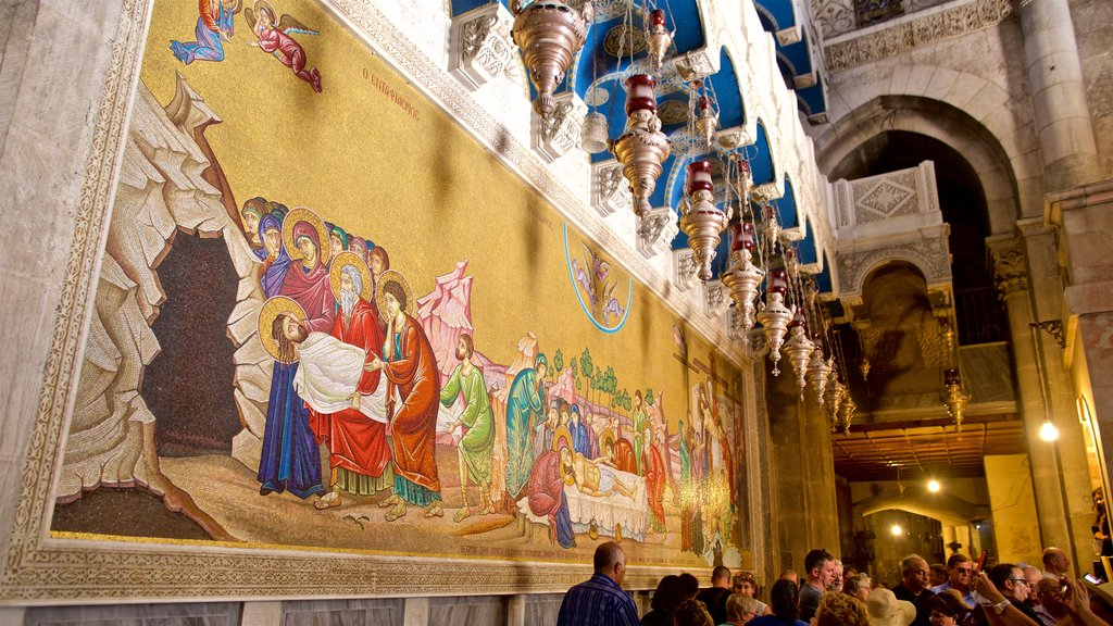 Church of the Holy Sepulchre showing art, heritage elements and interior views