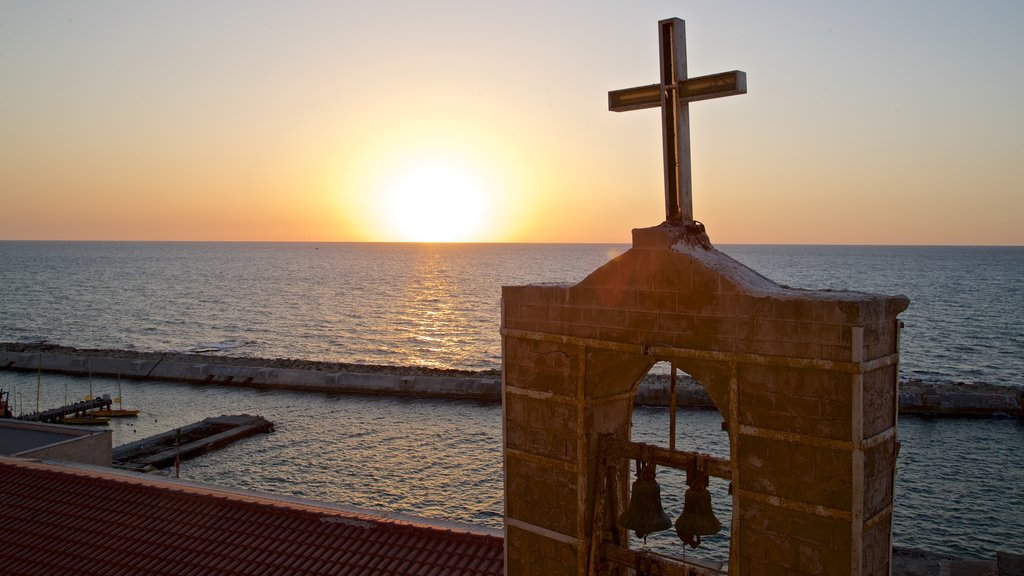 Jaffa Port showing religious aspects, heritage elements and general coastal views