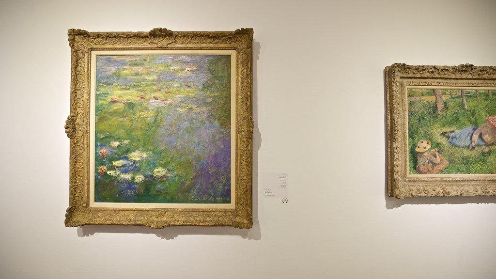 Tel Aviv Museum of Art showing art and interior views