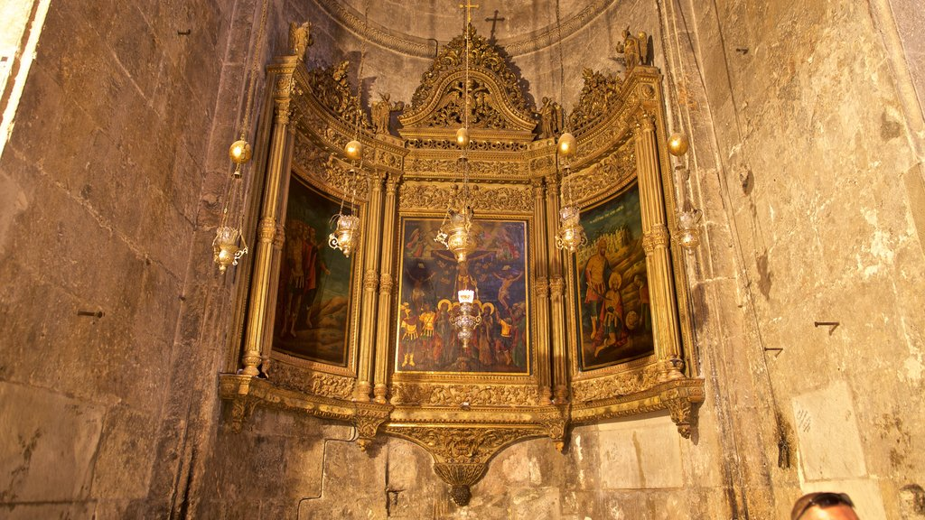 Church of the Holy Sepulchre featuring religious aspects, heritage elements and interior views