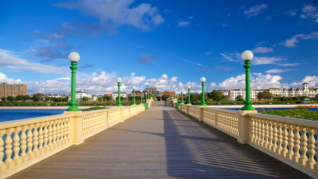 Southport featuring a bridge