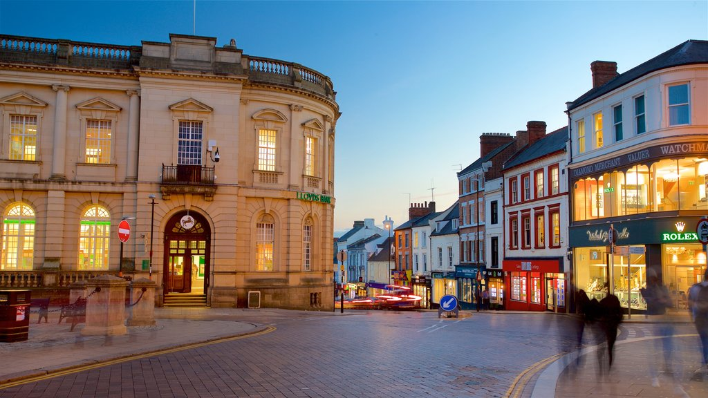 Northampton showing night scenes and heritage architecture