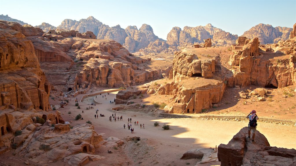 Petra showing landscape views, a ruin and a gorge or canyon