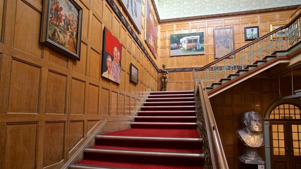 Wolverhampton Art Gallery featuring interior views and art
