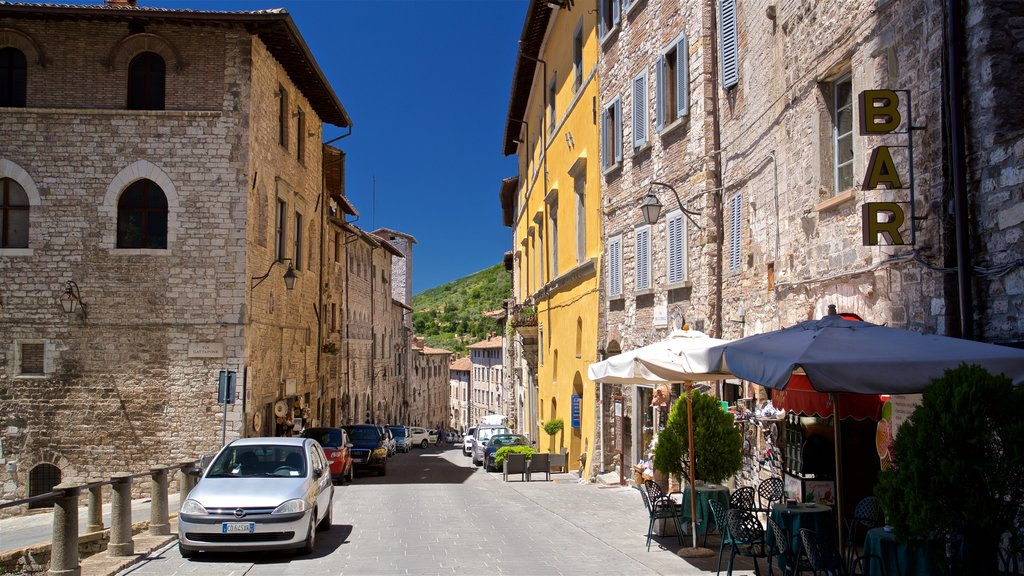 Gubbio showing heritage elements