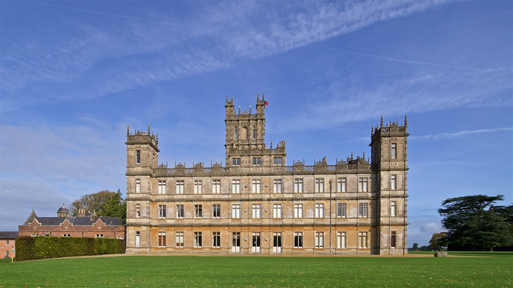 Highclere Castle featuring heritage architecture