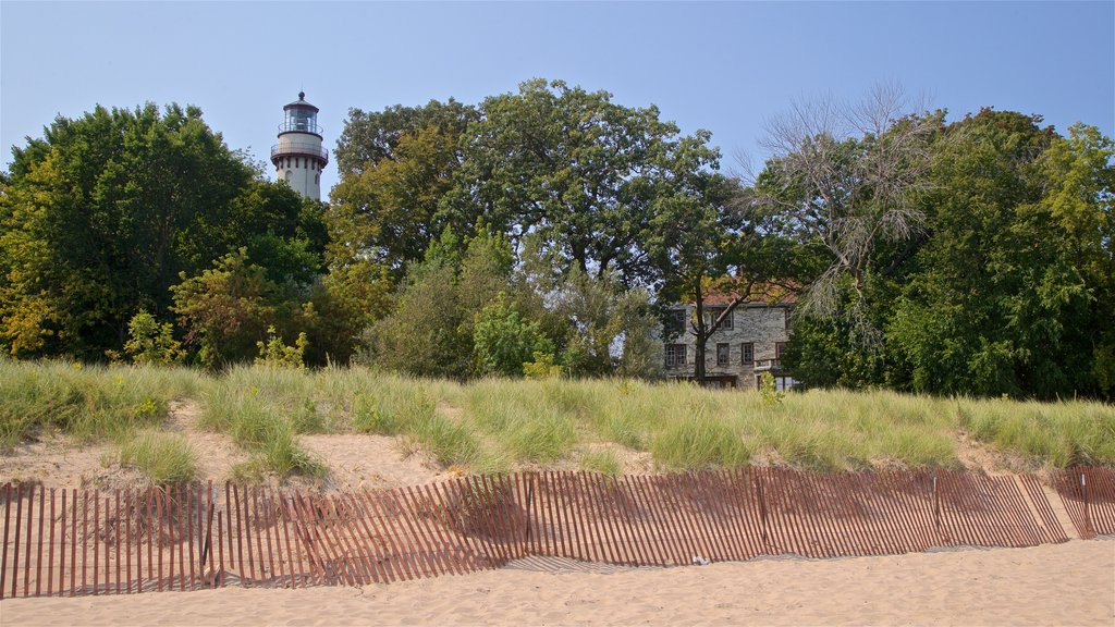 Grosse Point Lighthouse which includes a beach and general coastal views