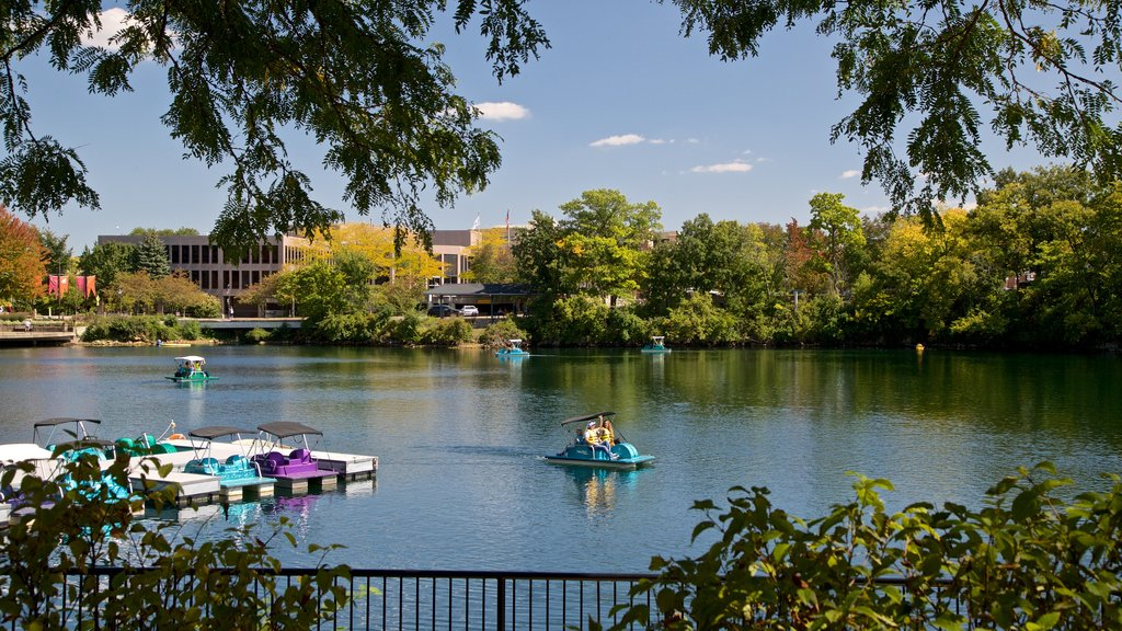 Naperville which includes a lake or waterhole and boating as well as a couple