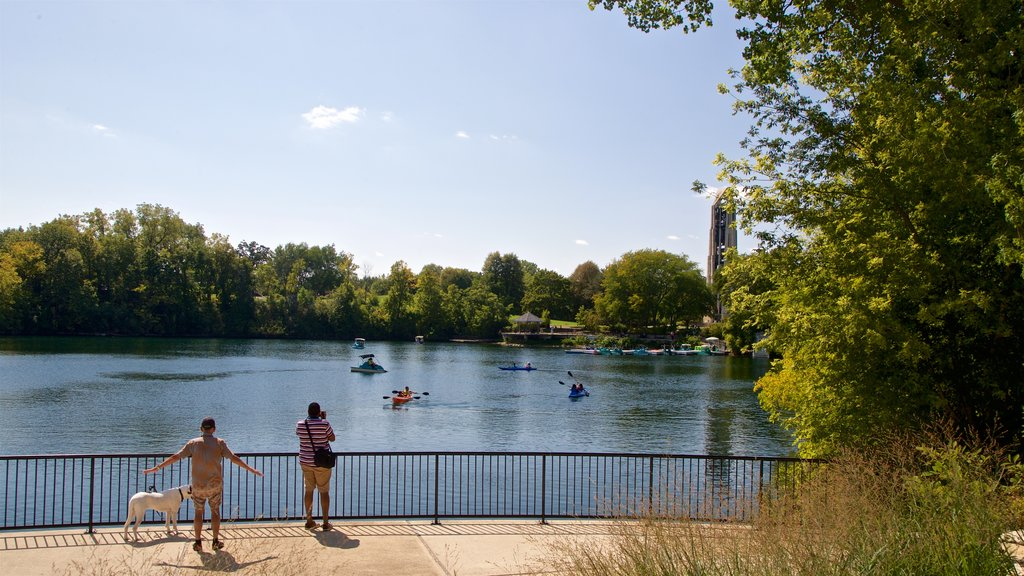 Naperville which includes a lake or waterhole, kayaking or canoeing and cuddly or friendly animals