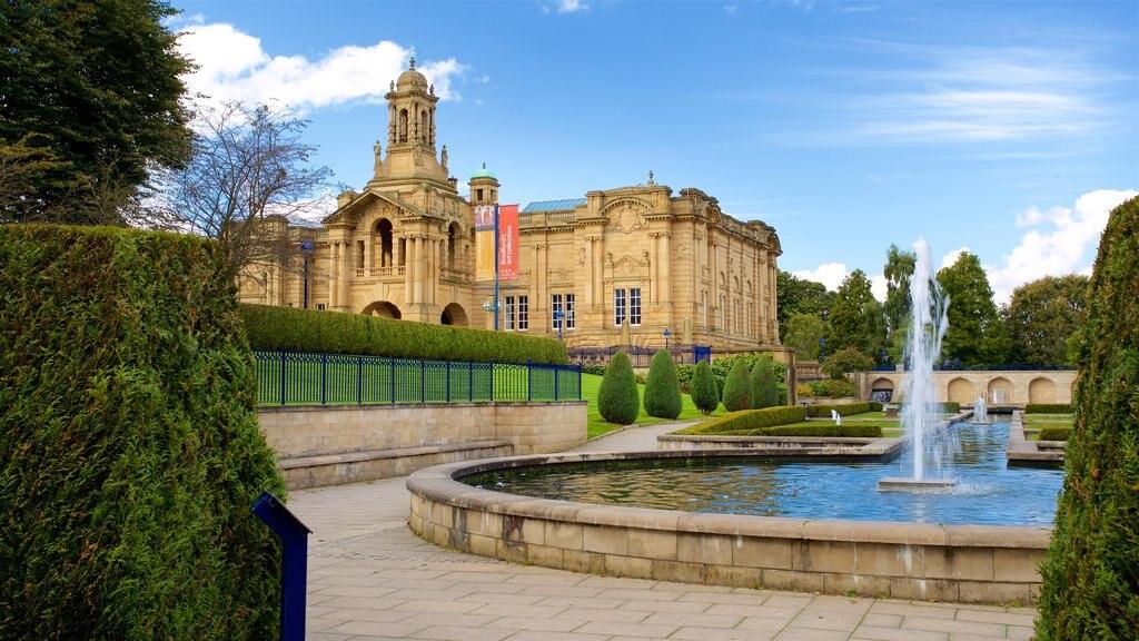 Parque Lister que incluye una fuente, un parque y patrimonio de arquitectura