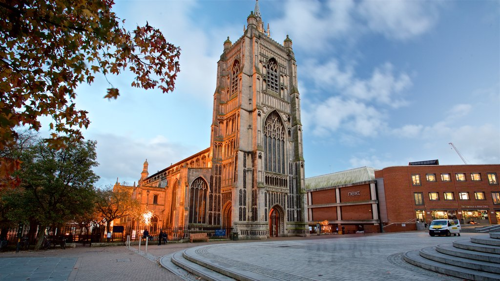 St Peter Mancroft featuring a church or cathedral and heritage architecture