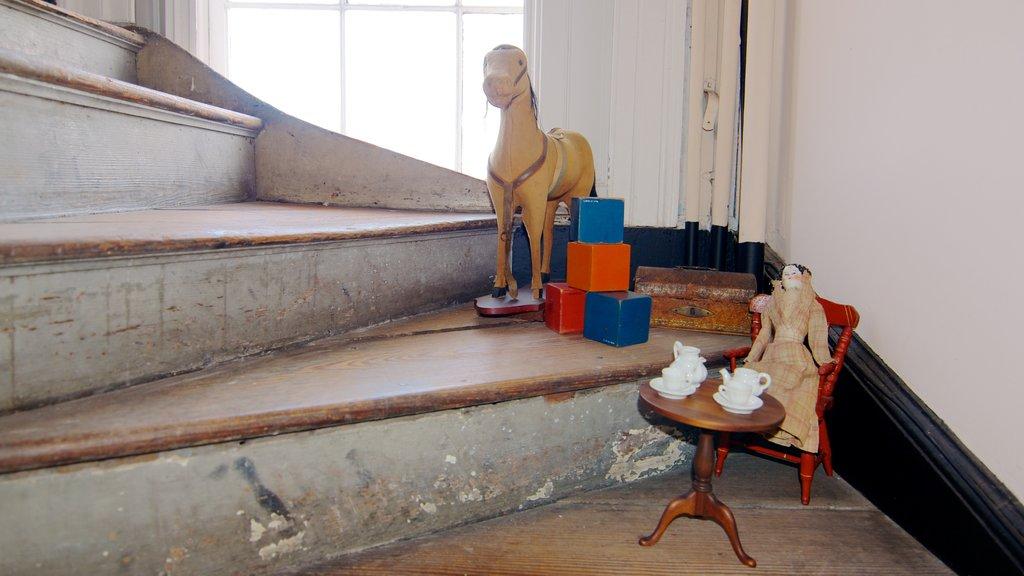 Joseph Manigault House que inclui vistas internas