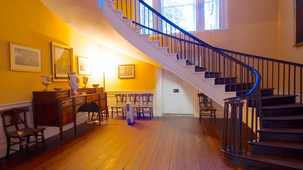 Nathaniel Russell House caracterizando vistas internas