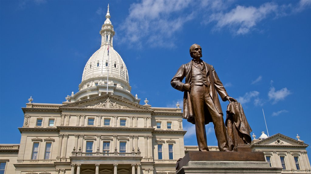 Michigan State Capitol which includes a statue or sculpture and heritage architecture