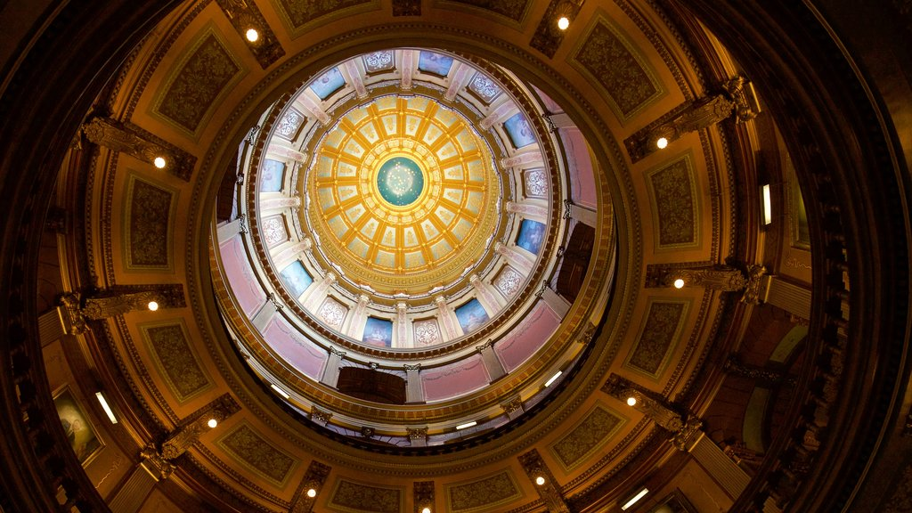 Michigan State Capitol featuring heritage elements and interior views