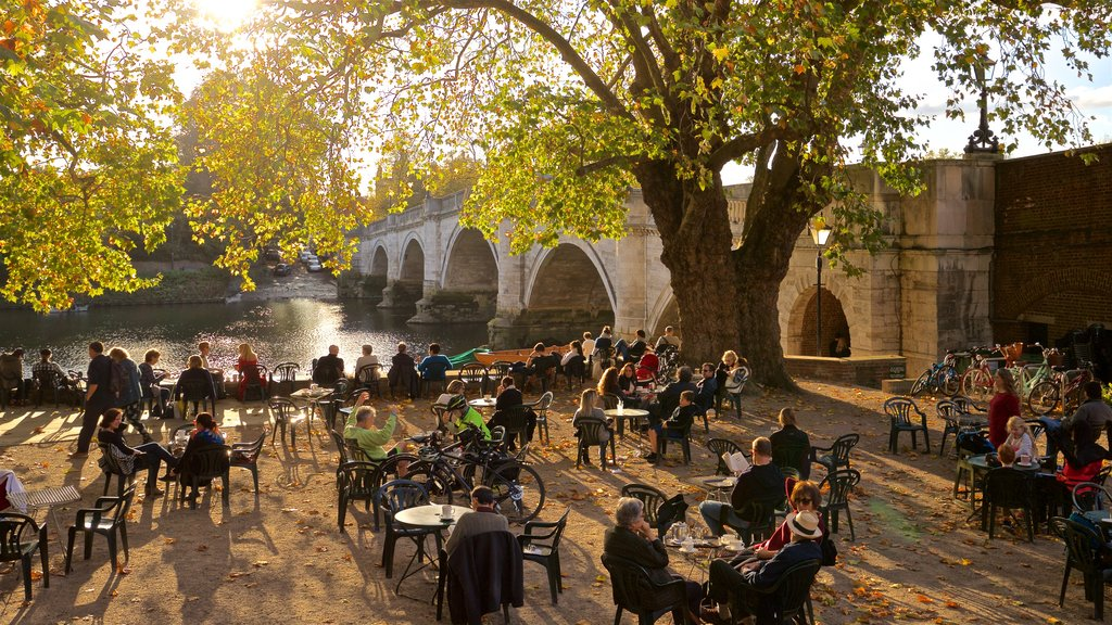 Richmond Bridge showing a river or creek, a bridge and cafe lifestyle