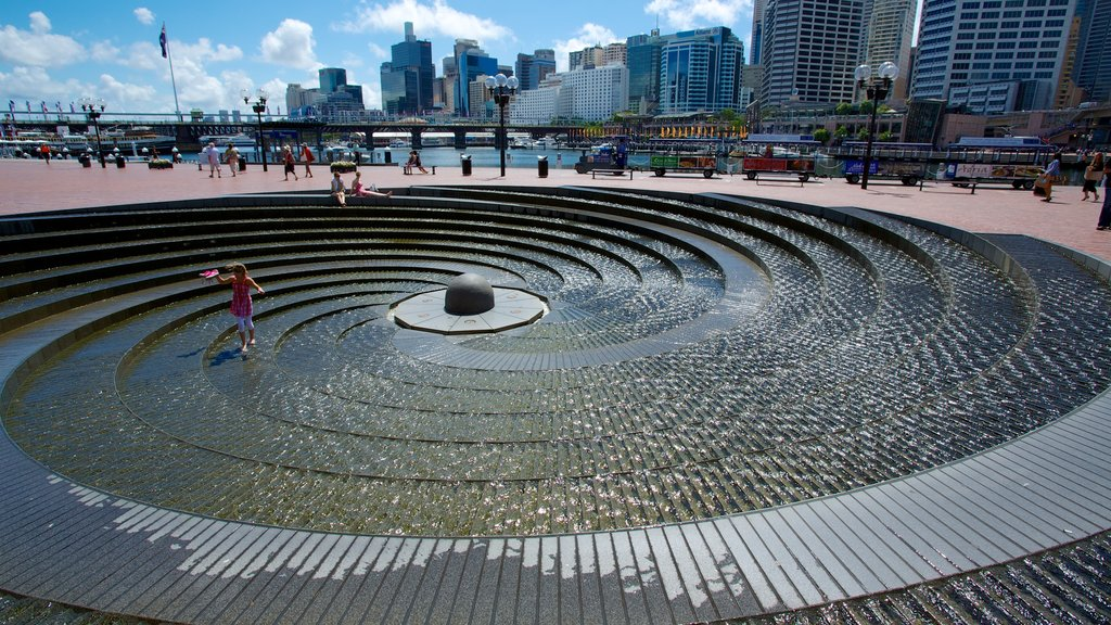 Darling Harbour showing city views, modern architecture and a city