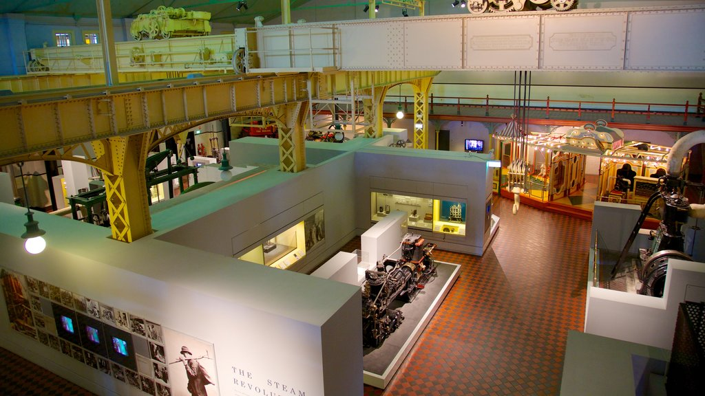 Powerhouse Museum showing interior views
