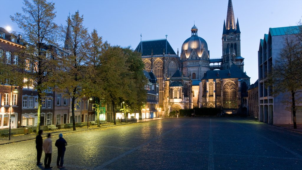 North Rhine-Westphalia showing a square or plaza, a church or cathedral and heritage architecture