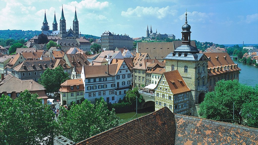Bamberg showing heritage architecture, a church or cathedral and a city