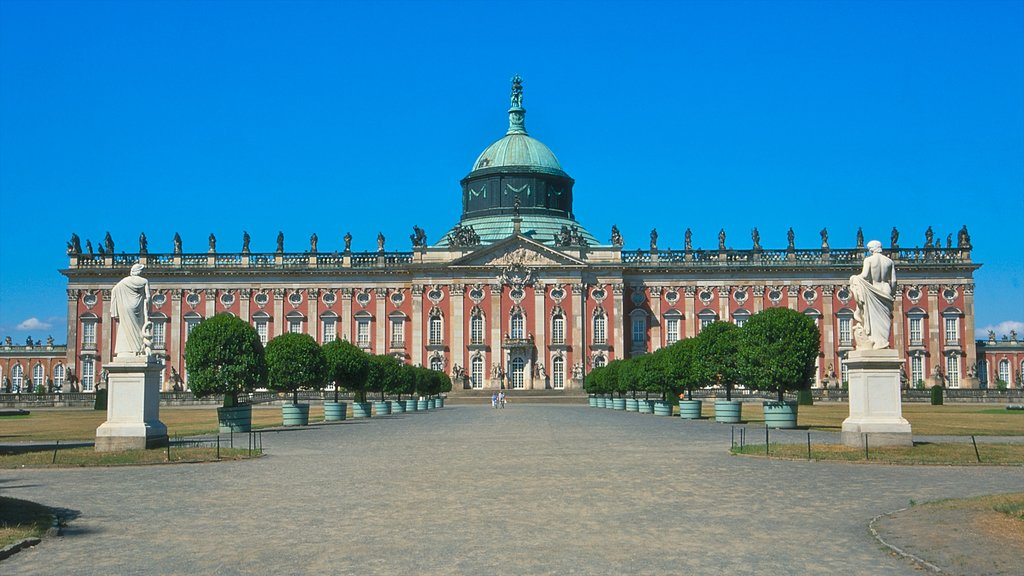 Potsdam which includes a square or plaza, heritage architecture and chateau or palace