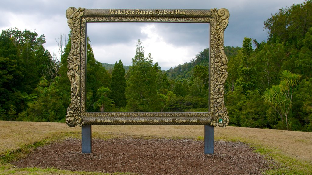 Waitakere Ranges which includes landscape views and outdoor art