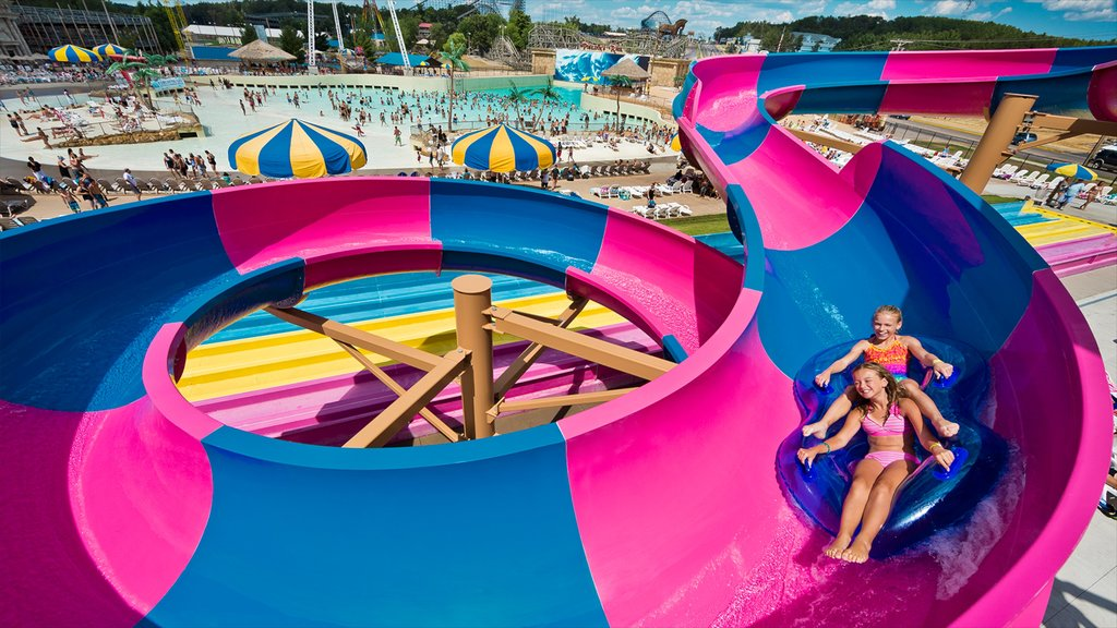 Wisconsin Dells which includes a waterpark and rides as well as children