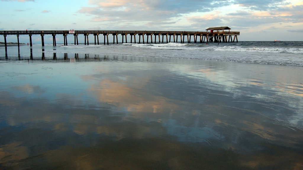 Tybee Island showing a sunset and a bay or harbor
