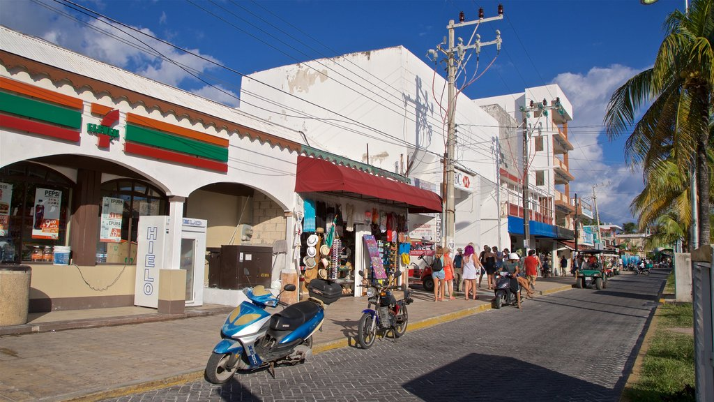Ciudad del Carmen which includes a small town or village