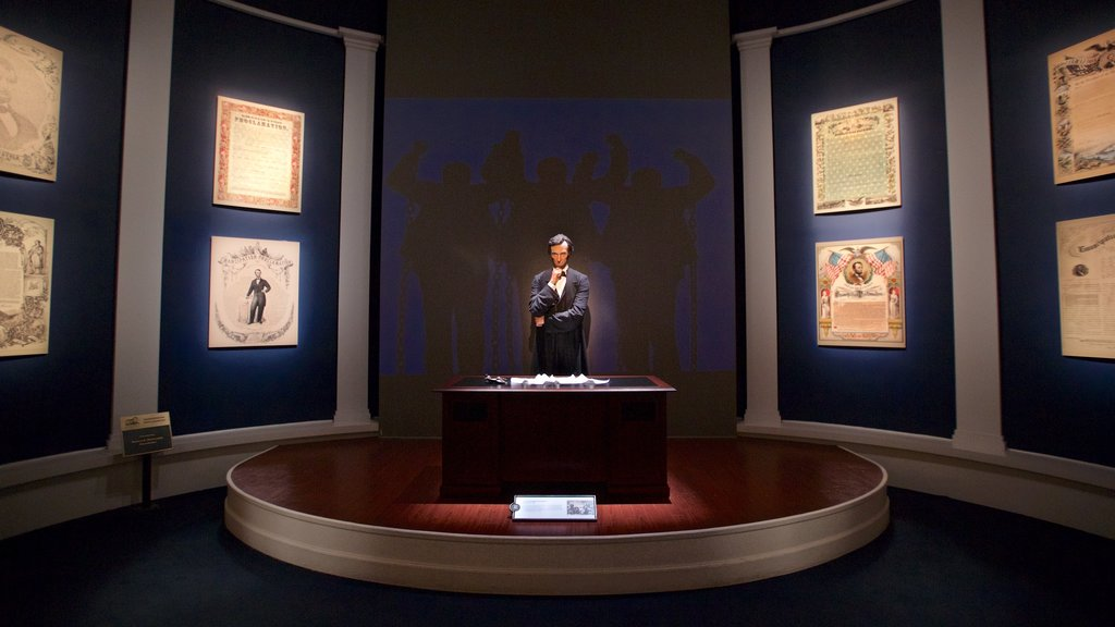 Abraham Lincoln Presidential Library and Museum featuring interior views